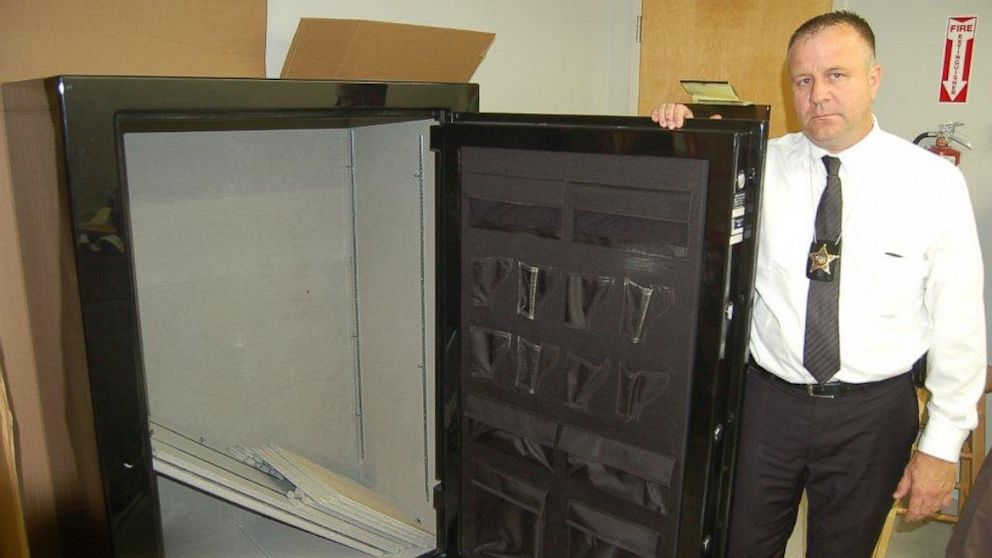 how to move a gun safe 2 Empty the Gun Safe